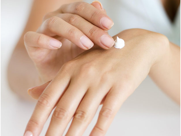 Want Better Results_ This is How You Should Apply Your Hydrating Skin Care Products